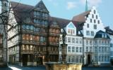 jung-architekten-sparkasse-hildesheim-aussenansicht-001