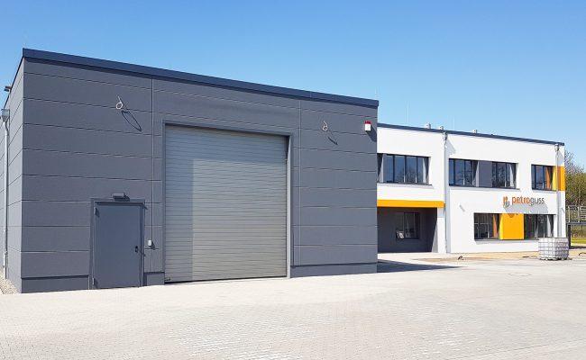 Neubau eines Verwaltungs- und Laborgebäudes mit Lagerhalle |